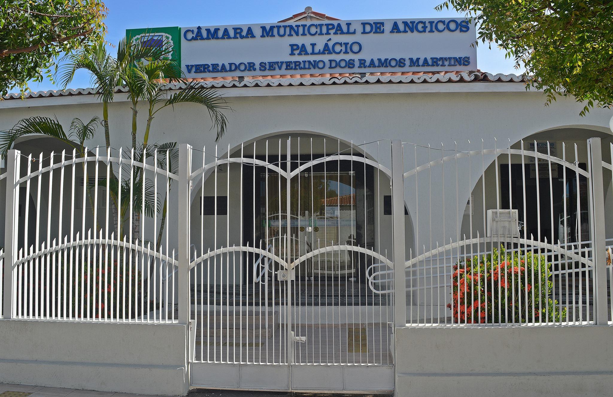 Câmara de Vereadores de Angicos emite NOTA DE ESCLARECIMENTO sobre aumento de salários de Vereadores e Secretários Municipais