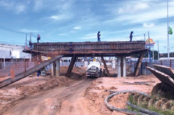DNIT segue com as obras de construção da estrutura do viaduto principal e o acesso aos viadutos no Gancho de Igapó