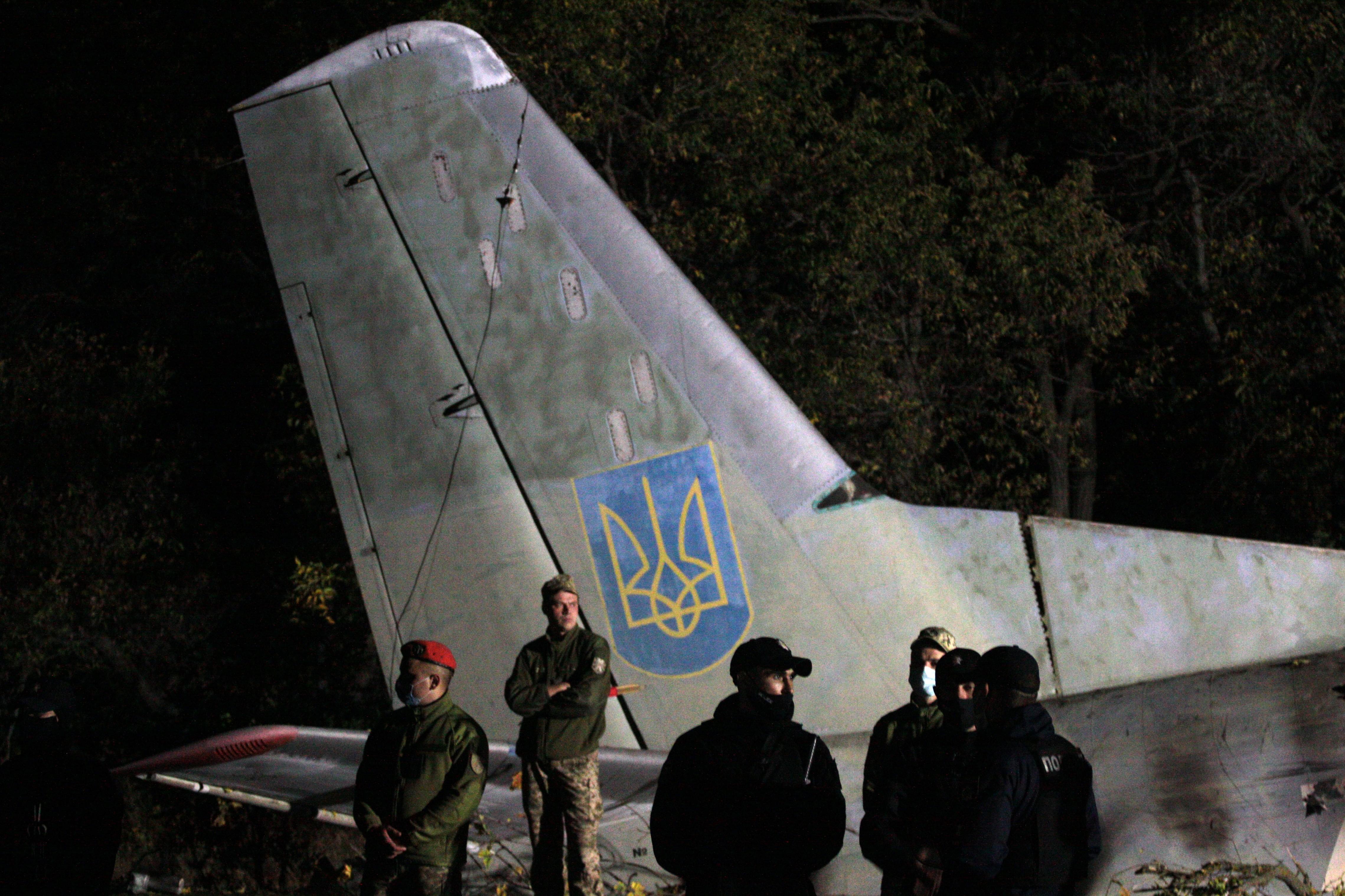 Queda de avião militar na Ucrânia deixa mortos