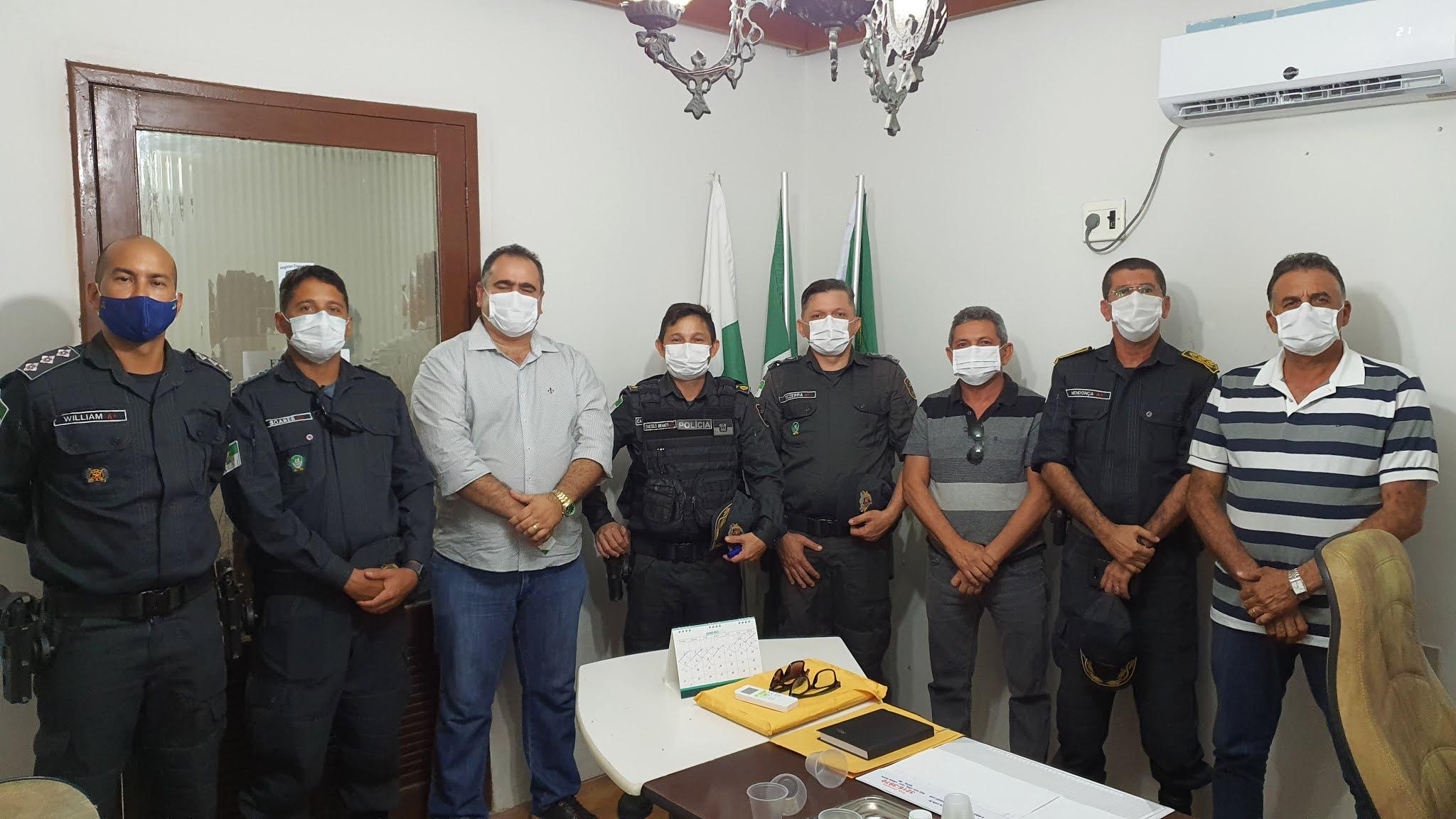 Prefeito Pinheiro Neto recebe membros da alta cúpula da Policia Militar do RN e solicita mais segurança para Angicos