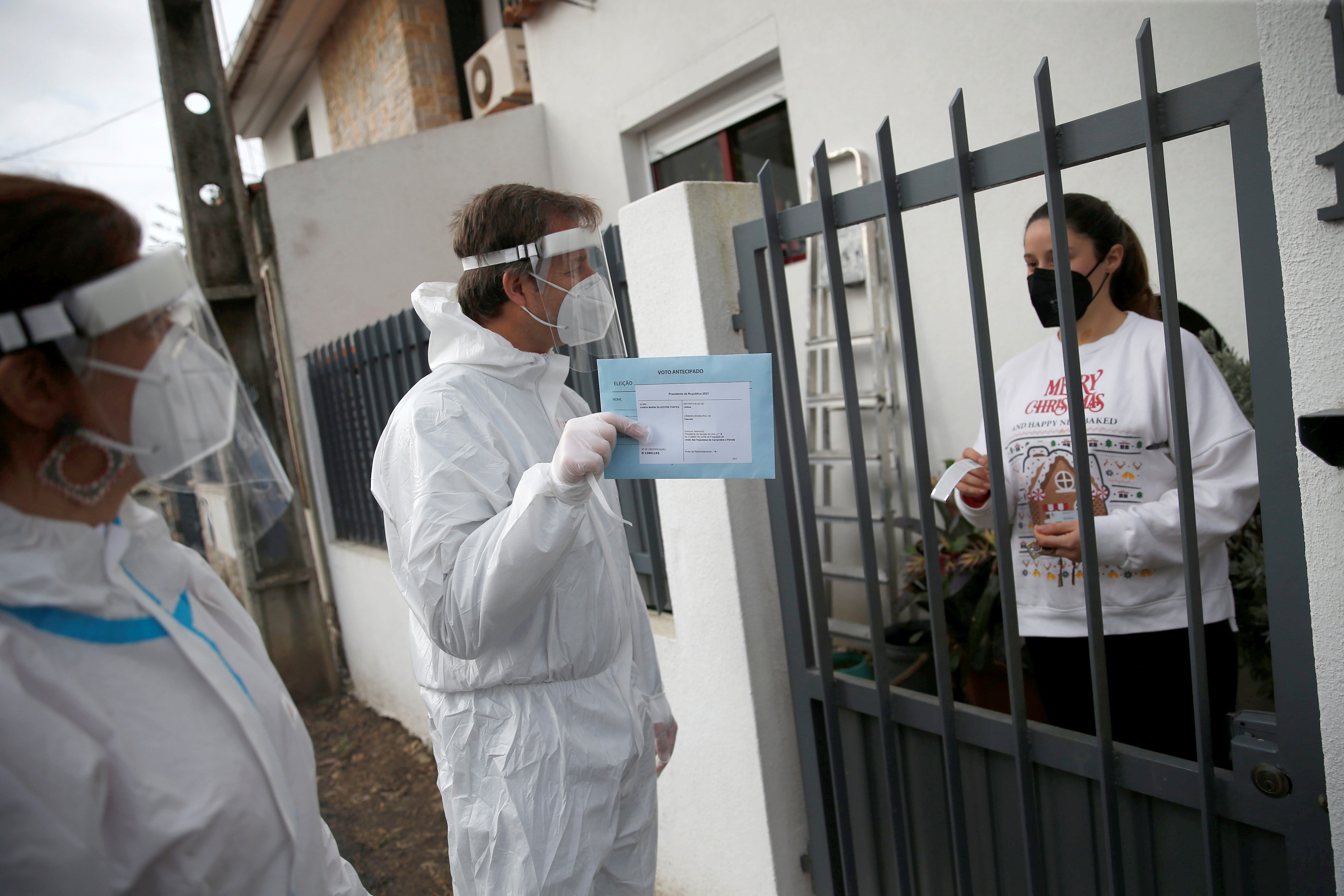 Portugal vai às urnas para eleger presidente neste domingo; pico de coronavírus pode elevar abstenção