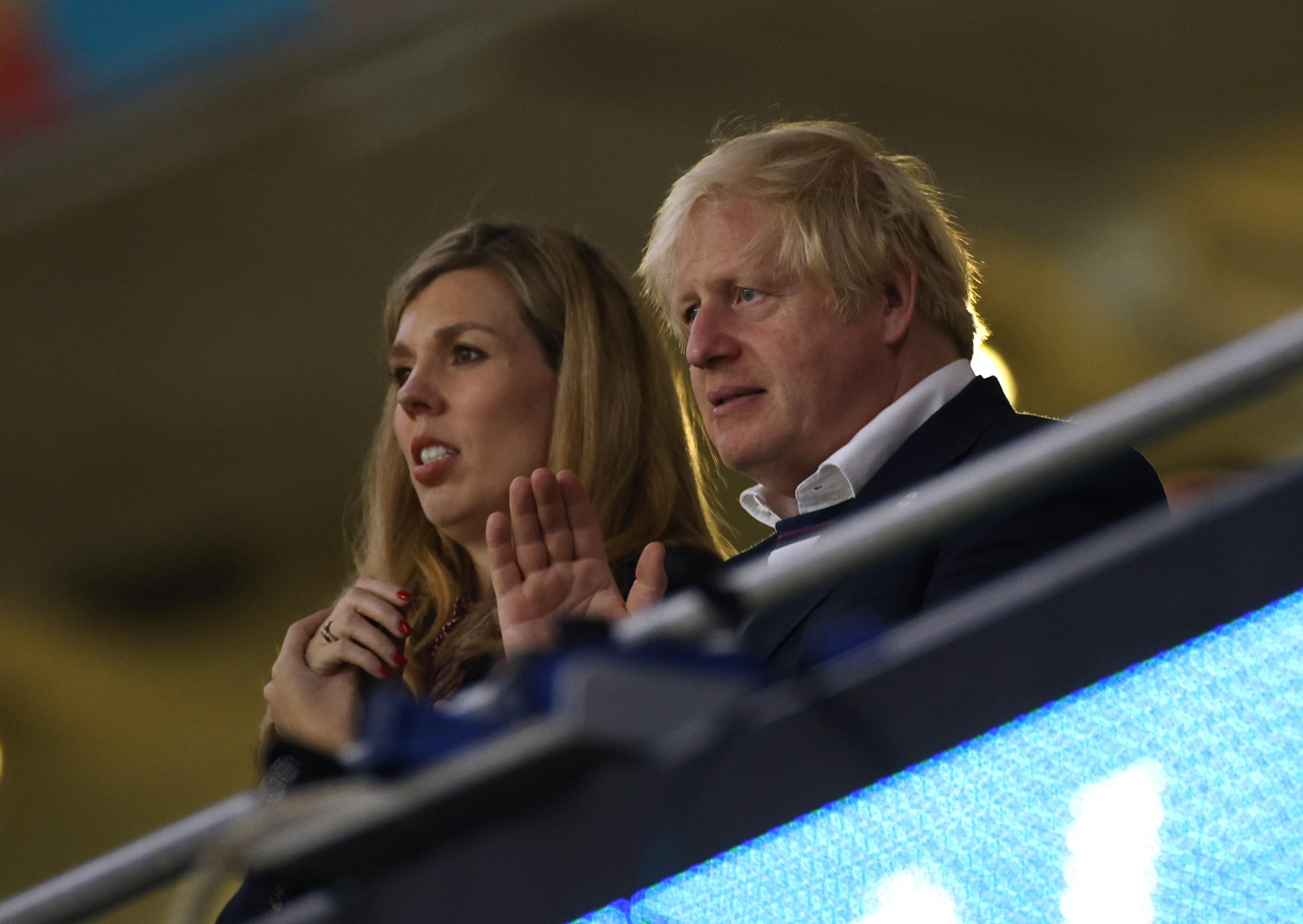 Boris Johnson, do Reino Unido, admitiu pela primeira vez que tem seis filhos